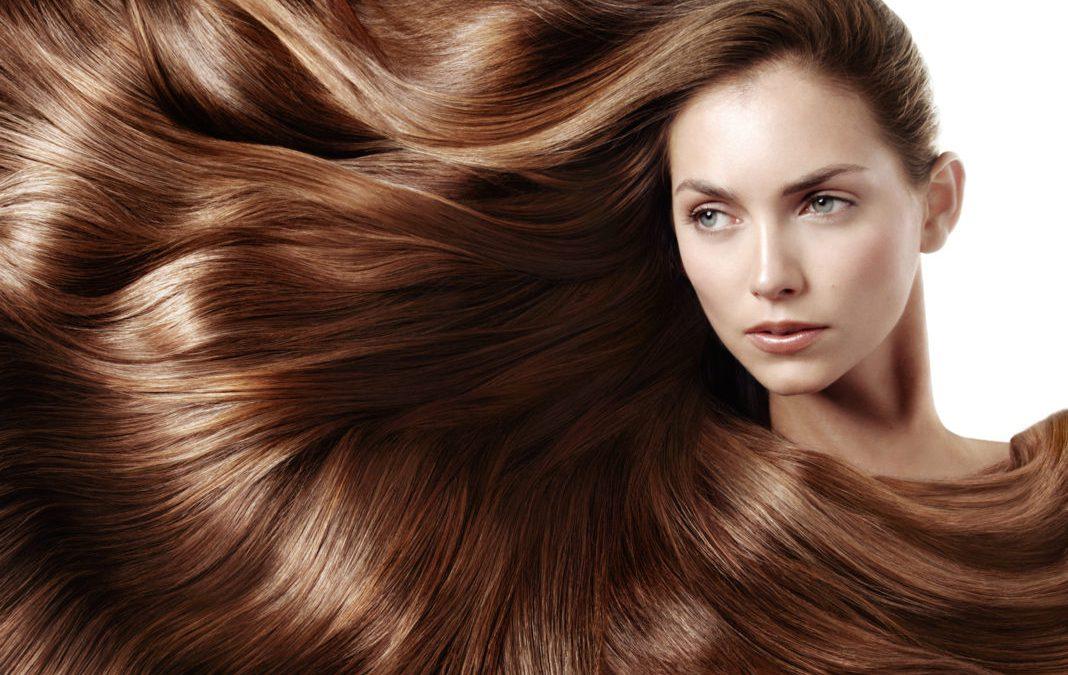 Domowe sposoby na rozjaśnienie włosów