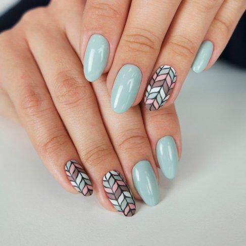 Zabiegi kosmetyczne na dłonie i stopy